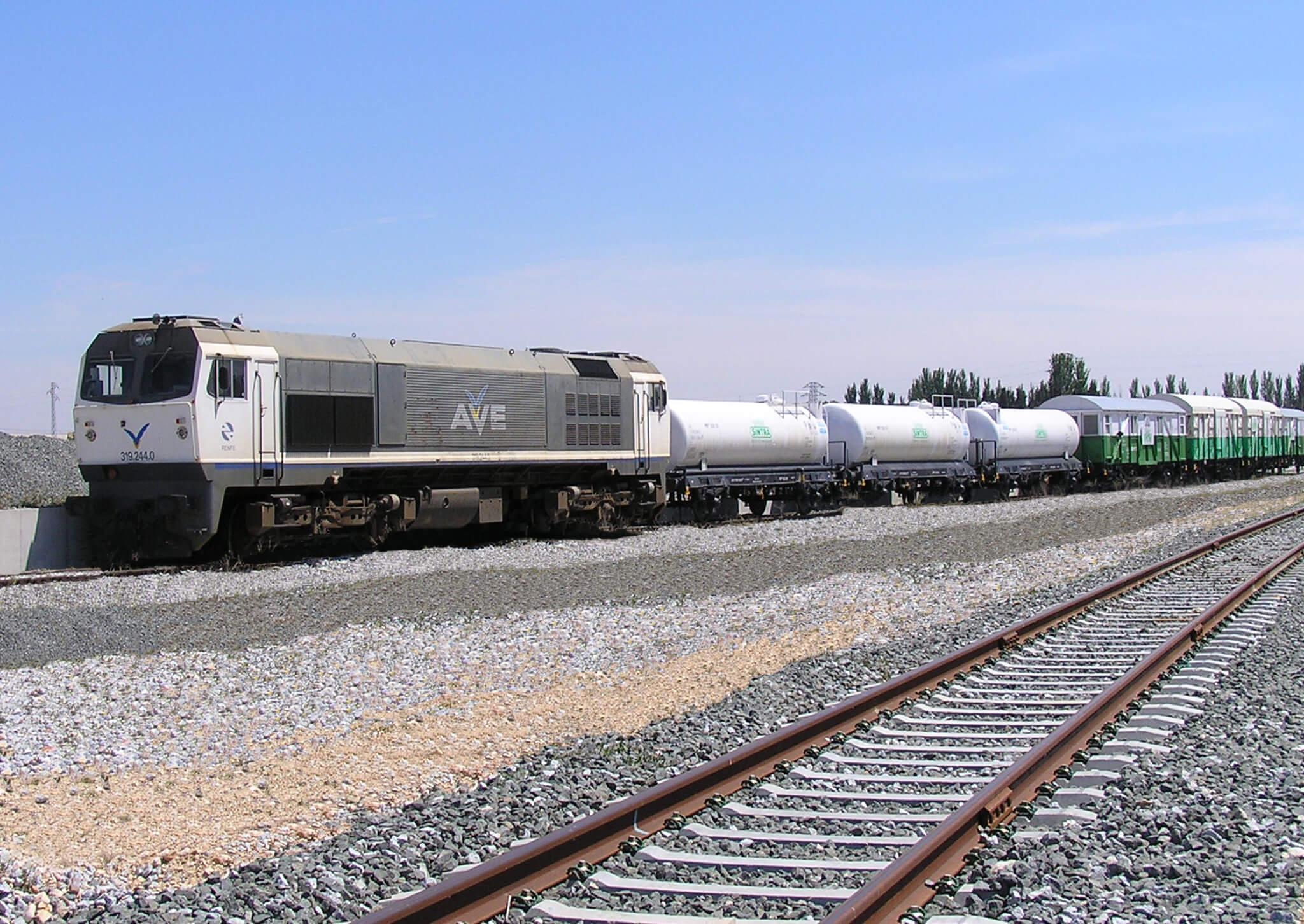 66.-Compòsicion-tren-sin-vegetacion